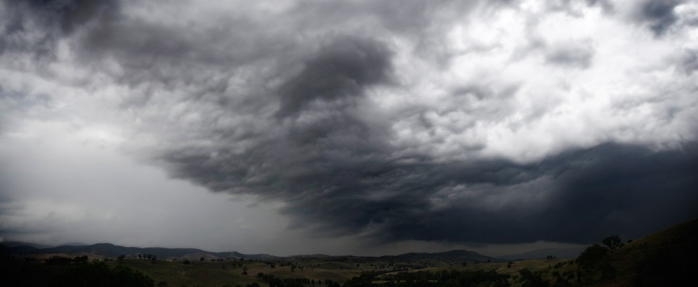 Storm_clouds_over_swifts_creek
